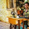 mujer en Kigali
