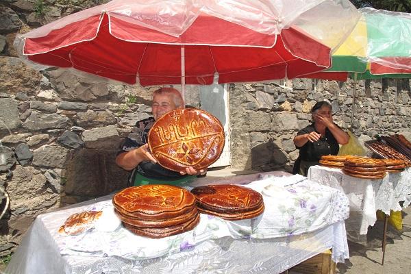 ARMENIA 086