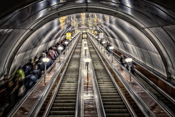 metro-3714290_1920