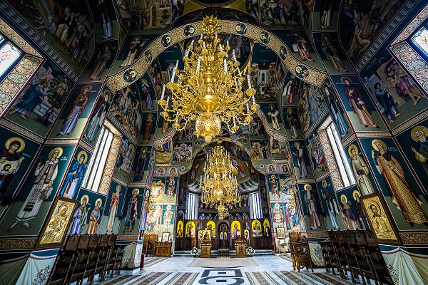 sihastria-monastery-putnei-213765_1920